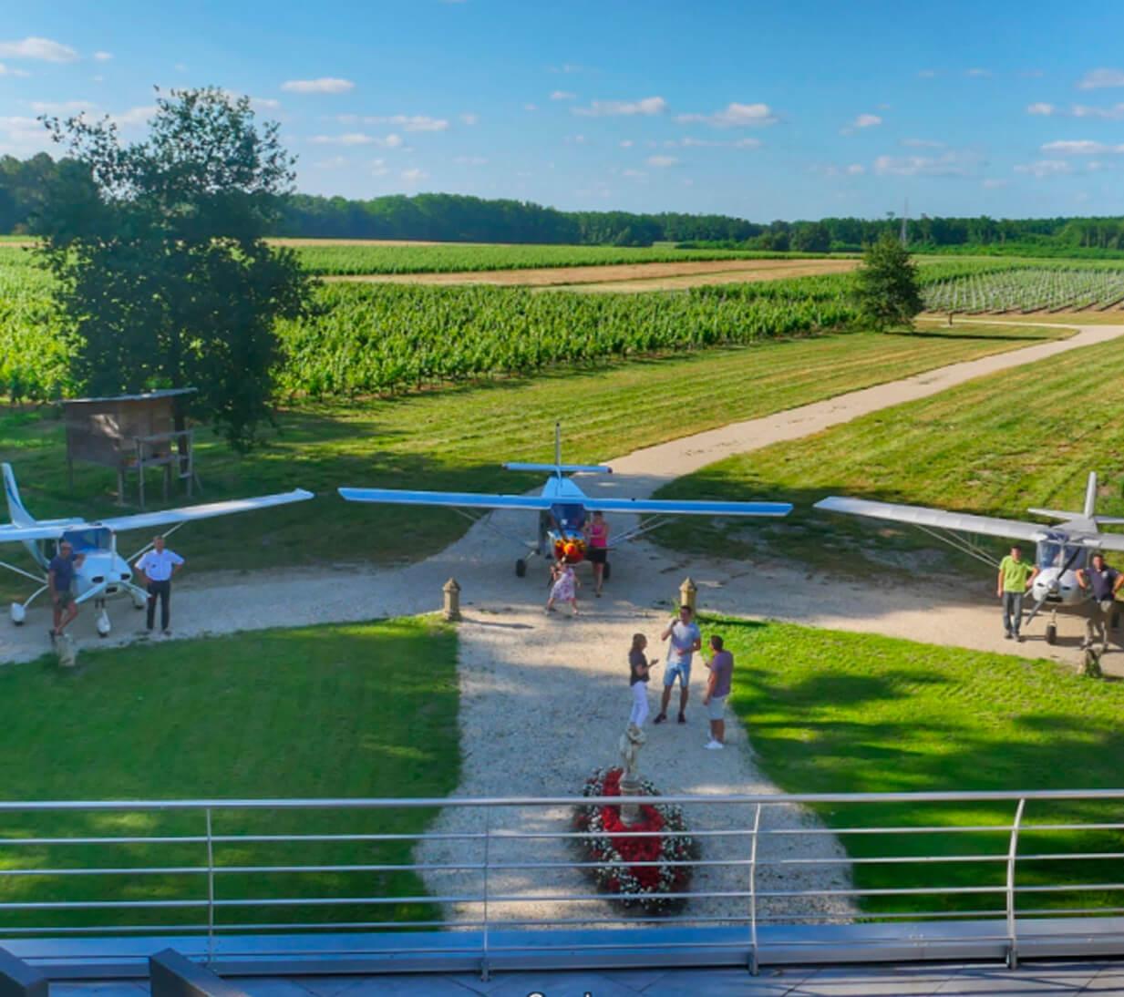 Bordeaux airlines at Chateau Venus