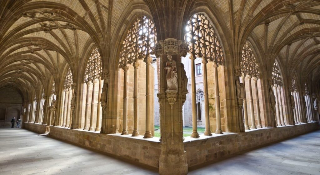 The cloister at Santa María la Real in Nájera, La Rioja, Rioja Alta
